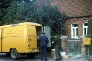 Post- und Paketlieferung um 1969